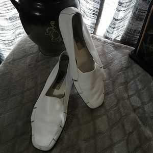 Jasmine Sport slip on shoes